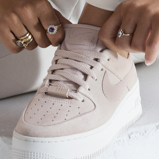 chaussures femme nike air force 1